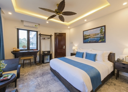 Marble Premium River View Rooms